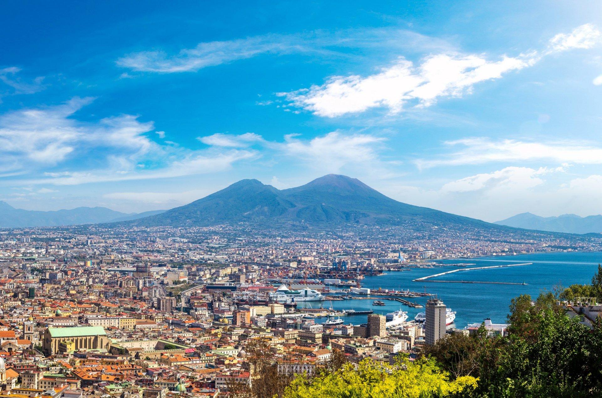 לימודים בנאפולי